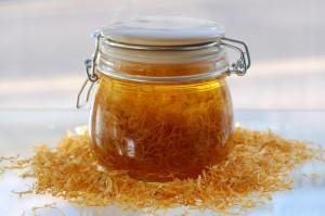 Смесь календулы с медом для лечения рака почек