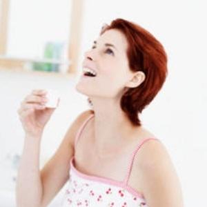 Полоскание горла с помощью отваров