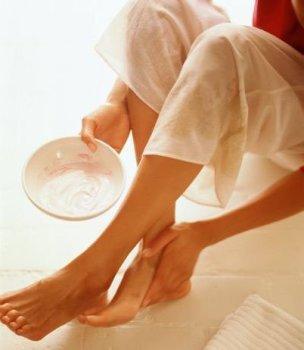 Яично-масляная смесь для ног
