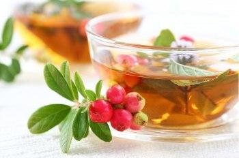 Чай из смородины и шиповника