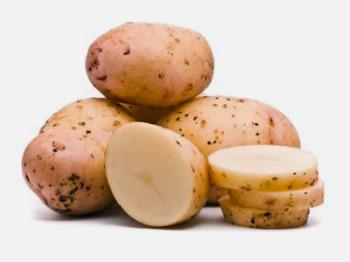 Очень полезен при рефлюкс-эзофагите картофель, причем не только приготовленный, но и сырой