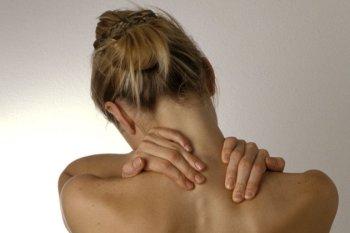 Основные симптомы хондроза