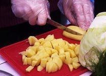 Сырой картофель вам поможет
