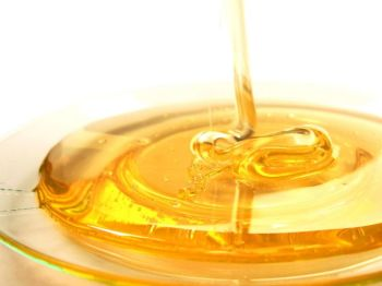 Медовые капли и тампоны - отличное средство