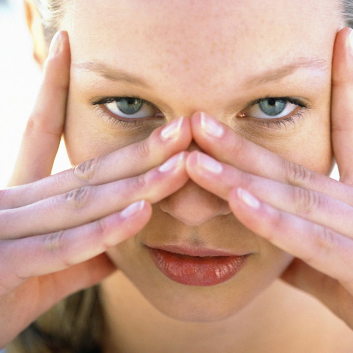 аллергия в горле симптомы фото