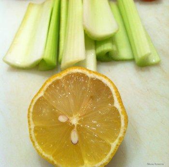 Лимон и сельдерей