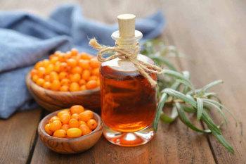 Применение облепихового масла способствует быстрому заживлению слизистой оболочки желудка