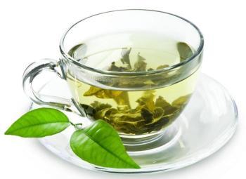 Зеленый чай снижает кислотность и замедляет процесс переработки пищи