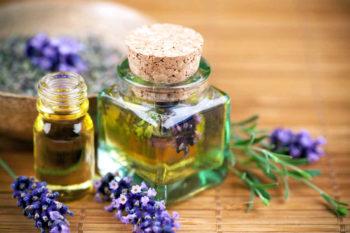 Эфирные масла позволяют значительно улучшить сексуальное влечение и возбуждение